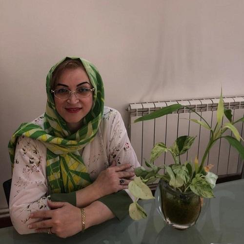 خانم یعقوبی رئیس هیئت مدیره